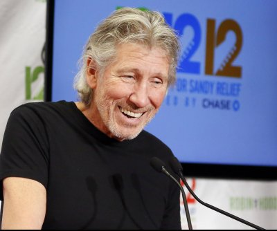 Roger Waters lambasts Bon Jovi for Israel show