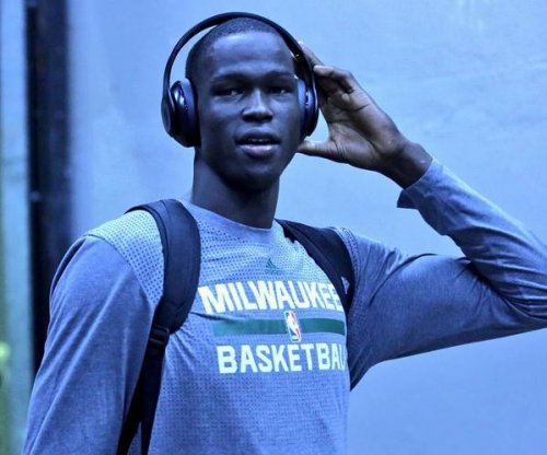 Milwaukee Bucks concerned for rookie C Thon Maker after travel order