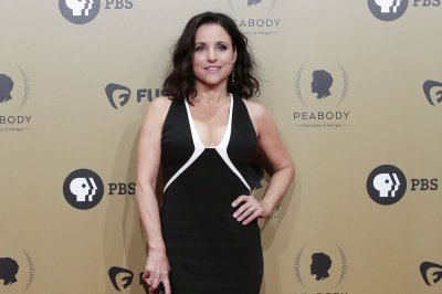 Jason Alexander, Joe Biden show support for Julia Louis-Dreyfus on social media