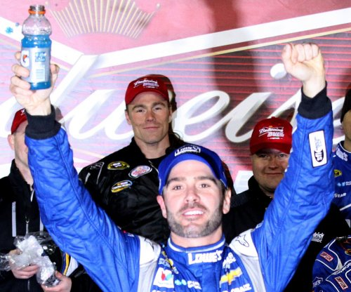 Jimmie Johnson wins Duel 2, Patrick rebounds from wreck