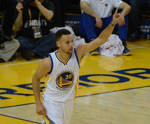 Stephen Curry misses Monday morning shootaround