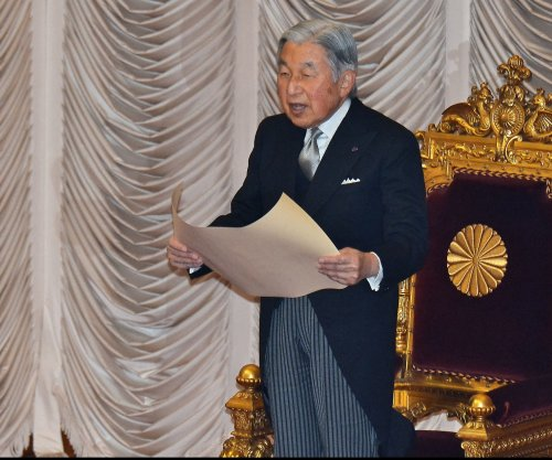 Japan's Emperor Akihito considers abdication
