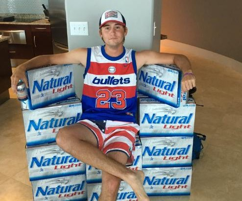 Natty and a Caddy: Golfer gets endorsed by Natural Light