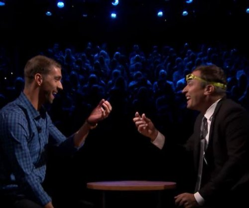 Michael Phelps plays Egg Russian Roulette with Jimmy Fallon