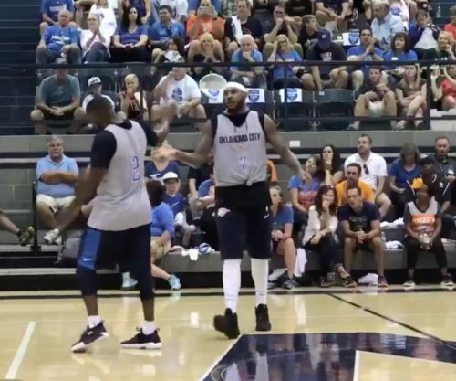 Carmelo Anthony: Oklahoma City Thunder newcomer shows off in scrimmage