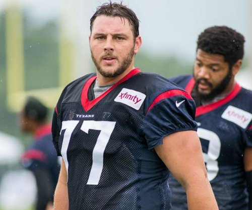 Houston Texans add cancer survivor David Quessenberry to 53-man roster