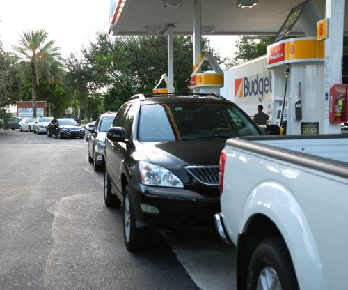 U.S. consumer gas prices still inching lower