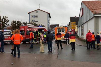 At least 30 injured when man drives into crowd at German carnival