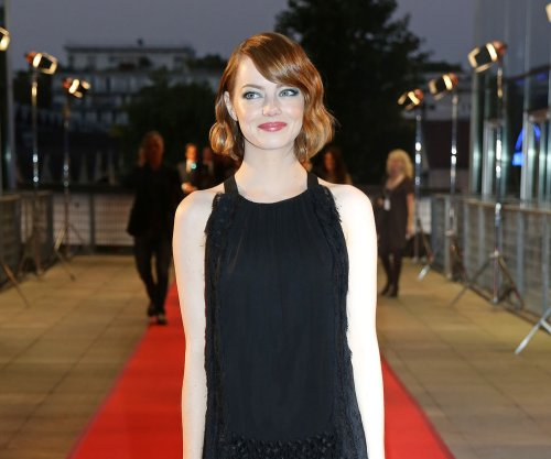 Emma Stone extends stay in 'Cabaret' for two weeks