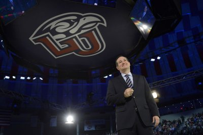 Ted Cruz announces 2016 presidential bid on Twitter