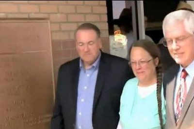 Jailed Kentucky clerk won't 'violate her conscience,' lawyer says