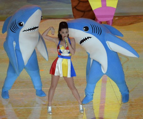 Taylor Swift, Jimmy Fallon, Chris Hardwick, Katy Perry win early Emmy Awards