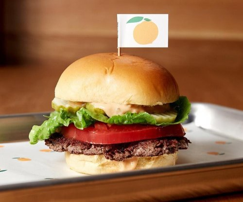 Company unveils meatless 'Impossible Burger' that 'bleeds' just like beef