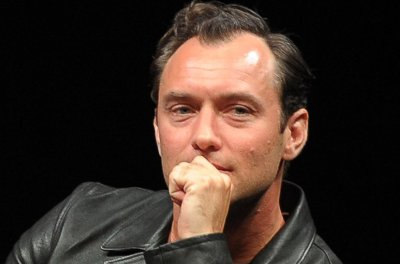 Jude Law's 'Young Pope' series gets a U.S. premiere date
