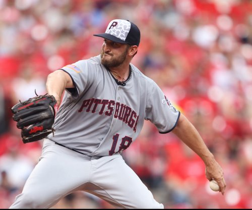 New York Yankees release LHP Jonathon Niese