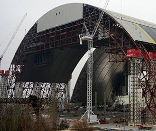 Containment still an issue 30 years after Chernobyl disaster