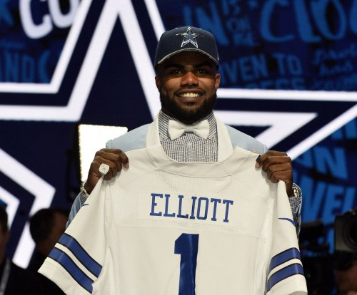 Ezekiel Elliott denies domestic violence allegations