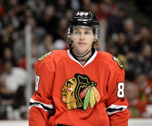 Patrick Kane lifts sizzling Chicago Blackhawks over Montreal Canadiens