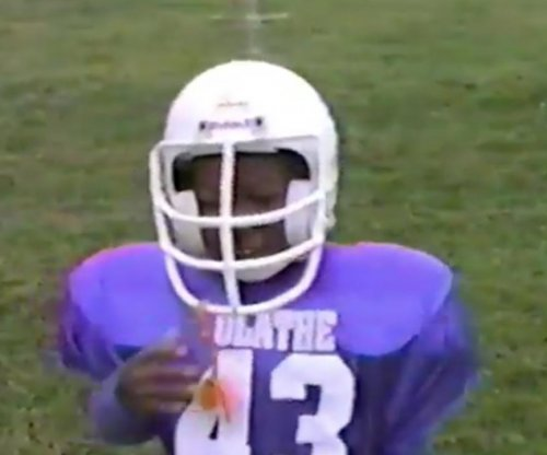 Philadelphia Eagles celebrate Darren Sproles' birthday with Pop Warner footage