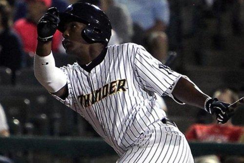 New York Yankees calling up 3B Miguel Andujar