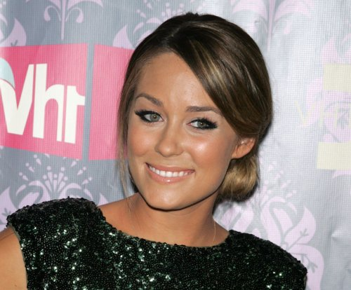 Lauren Conrad posts new photo of son: 'My dinner date'
