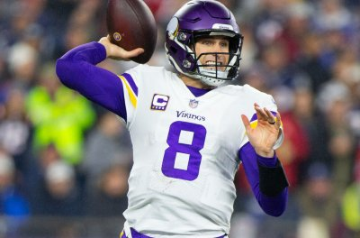 Cousins, Vikings get shot at playoffs vs. Bears
