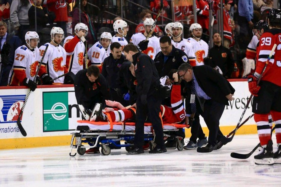 timeless design 6477a 6f99a New Jersey Devils' Mirco Mueller leaves Flames game on ...