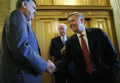 Sources: Martinez to leave U.S. Senate