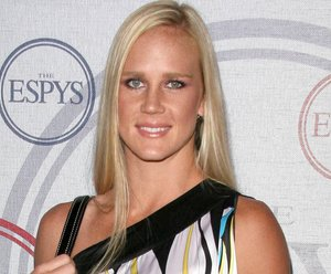 Holly Holm would 'welcome' rematch with Ronda Rousey