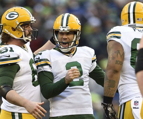 Green Bay Packers re-sign K Mason Crosby to four-year deal