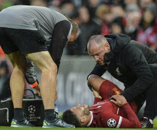 Alex Oxlade-Chamberlain's season likely over after brutal injury in Champions League