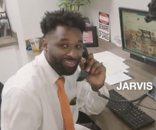 Cleveland Browns perform 'The Office' parody
