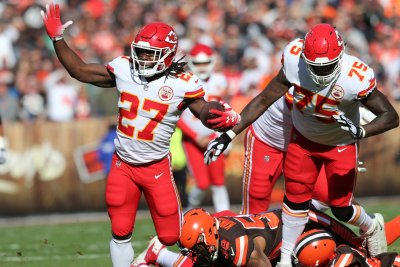 Kareem Hunt 'embarrassed' by video of attack on woman