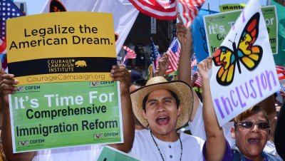 Immigration reform legislation sent to Senate floor