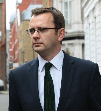 Coulson approved bribery, prosecutors in phone-hacking case allege