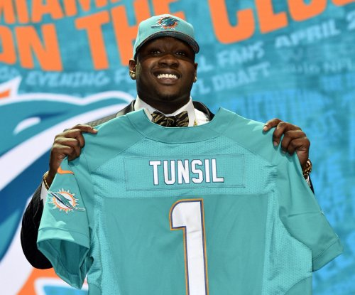 Mystery Solved: Laremy Tunsil's shower slip forced missed Miami Dolphins game