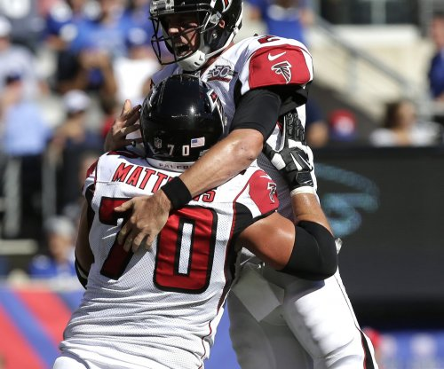 Atlanta Falcons' Jake Matthews suffers knee injury