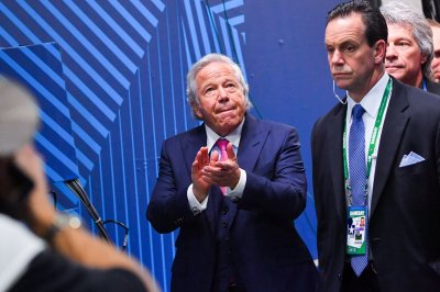 Patriots owner Robert Kraft receiving Genesis Prize, $1M