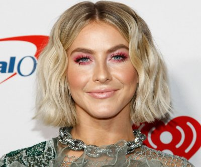 Julianne Hough says her two dogs died