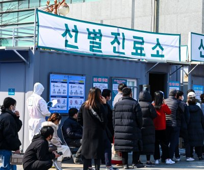 South Korea coronavirus cases top 2,300 as authorities ramp up testing