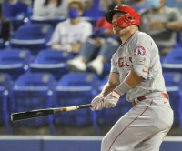 Mike Trout hits elementary school with home run, Angels beat Blue Jays