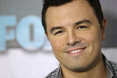 Seth MacFarlane to voice a character on 'The Simpsons'