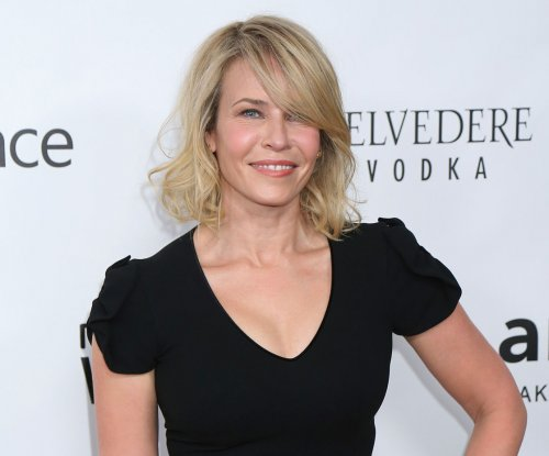 Chelsea Handler, Miley Cyrus fight Instagram's censorship of topless photos