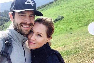Jennie Garth, actor Dave Abrams will marry 'soon'