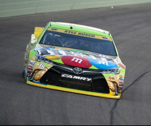 Kyle Busch undergoes leg, foot surgeries
