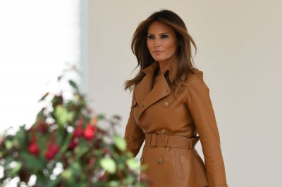 Trump: Melania doing 'great' after surgery but can't fly for a month