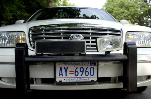 Texas votes down Confederate flag plate