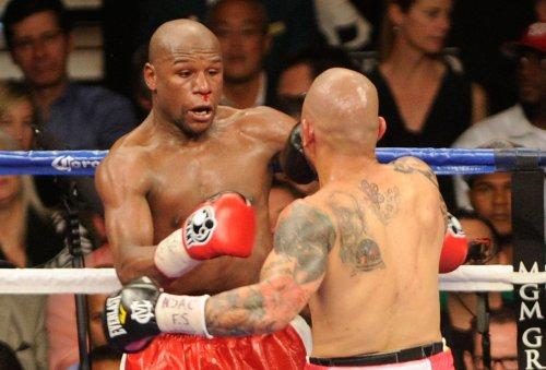 Mayweather sets WBC title bout on Showtime