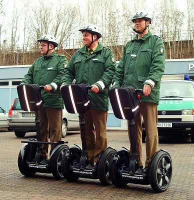Segway lanches three-wheel vehicle for public safety market