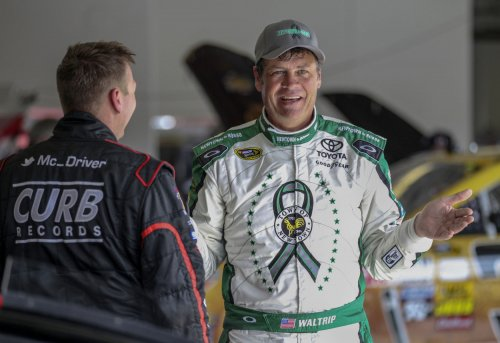 Michael Waltrip gets the boot on 'Dancing with the Stars'